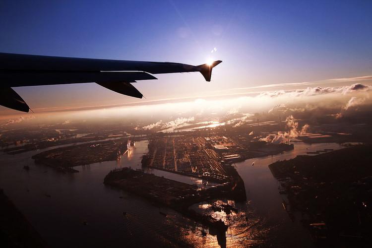 飞机上拍摄摄影作品的七个经典技巧分享的教程[中国