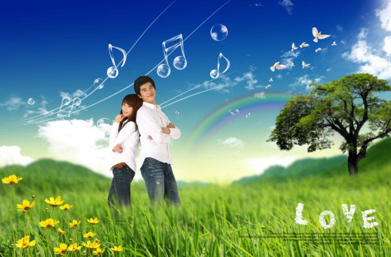 草地音符背景背靠背的情侣人物psd模板免费下载
