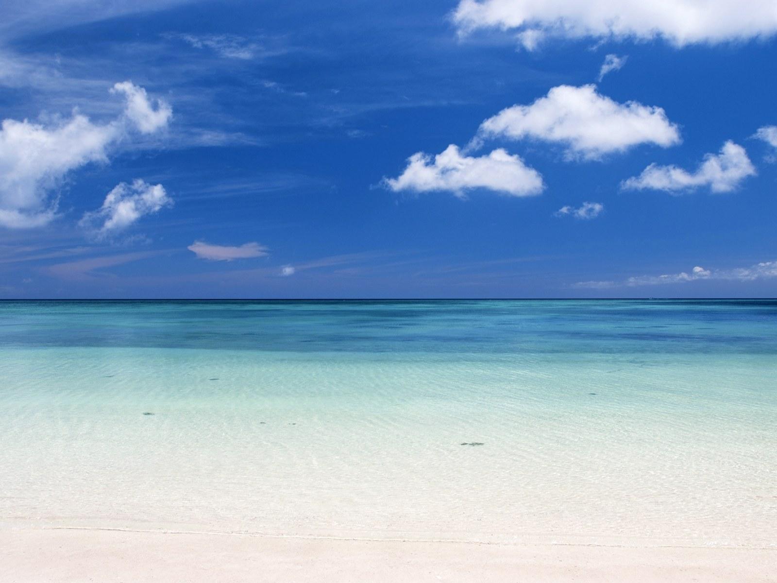 日本冲绳碧海蓝天沙滩背景图片素材 38P图片