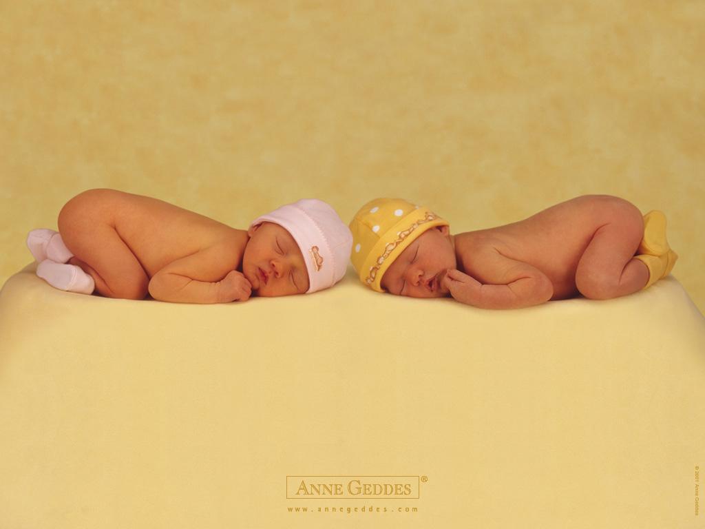 非常可爱的外国宝宝图片素材(33p)[中国photoshop