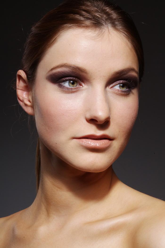 修图必备练习模特美女特写脸部美女牧歌RAW长发式欧美图片